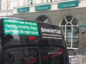 Jyske bank påstår de er hæderlige og overholder alle regler og love :-) og det handler om jura.